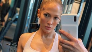 Jennifer López conquista a sus seguidores con sus marcados abdominales vía redes sociales | Instagram