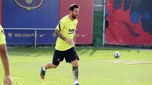 Leo Messi durante un entrenamiento del Barça en la Ciudad Deportiva Joan Gamper