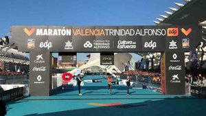 Leul Gebreselassie gana la maratón de Valencia