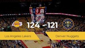 Los Angeles Lakers logra derrotar a Denver Nuggets en el The Arena (124-121)