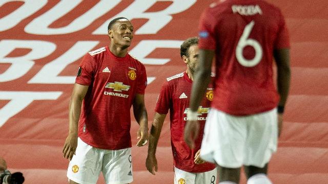 Martial da la victoria al United para avanzar a cuartos