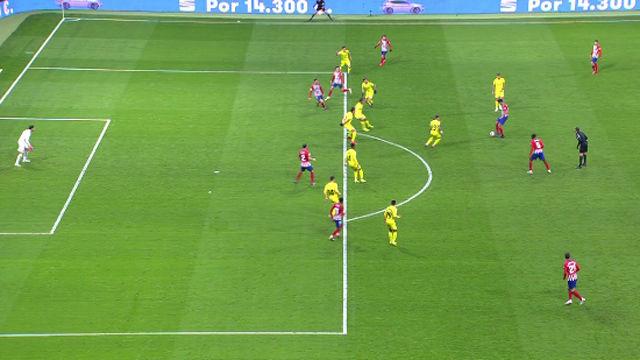 Mateu esperó al VAR... y decidió no dar el gol al Atlético