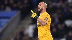 Pepe Reina con la camiseta del Aston Villa