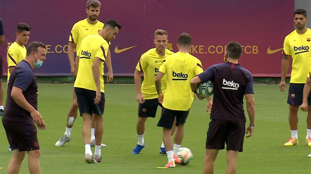 El Barça prepara el derbi
