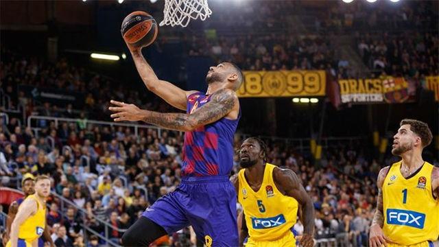 El Barça reafirma su liderato ante el Maccabi