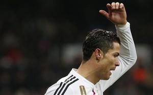 Cristiano Ronaldo haciendo aspavientos
