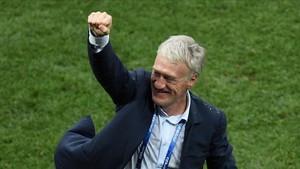 Didier Deschamps seguirá al frente de la selección francesa