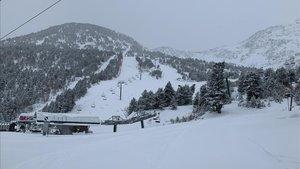 La estación Andorrana presentaba este aspecto hoy a primera hora de la mañana