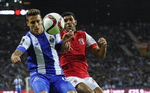 El jugador español Cristian Tello