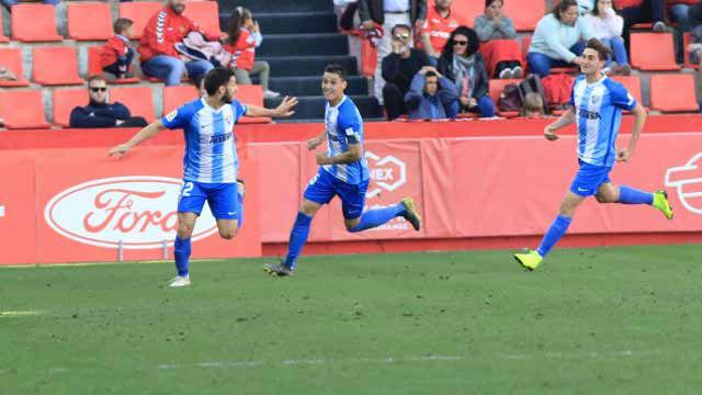 El Málaga ganó por la mínima en el Nou Estadi