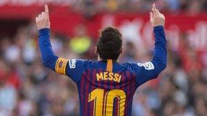 Messi logró un hat trick que dio el triunfo al Barça en Sevilla