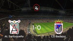 El At. Sanluqueño se lleva la victoria en casa frente al Badajoz (1-0)