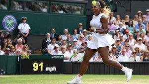 Serena Williams durante la semifinal en Londres
