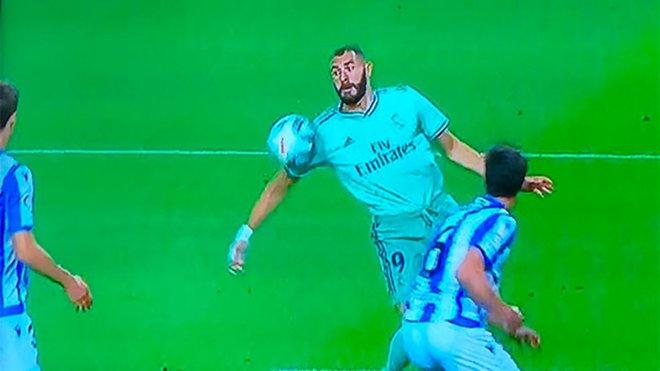 Topic para comentar el enésimo robo del Real Madrid - Página 4 Asi-controlo-balon-karim-benzema-1592775823606