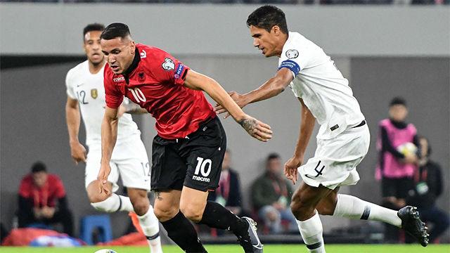 Así juega Rey Manaj, delantero albanés que interesa al Barça B