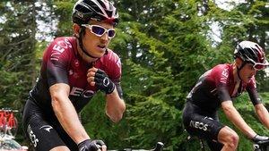 Bernal abandona en el Dauphiné por dolores de espalda