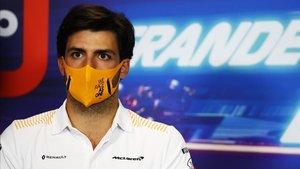 Carlos Sainz en la rueda de prensa previa al GP de Sakhir