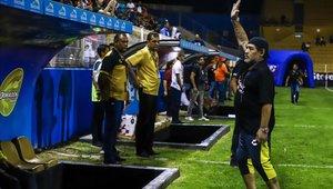 Diego Maradona quiere quedarse en Dorados de Sinaloa