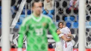 Jordi Alba celebra el primer gol en San Petesburgo