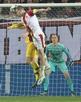Las fotos del partido entre el Slavia de Praga y el FC. Barcelona de Liga de Campeones, disputado en el Eden Arena de Praga.