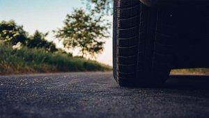 Los neumáticos deben cambiarse cada cierto tiempo