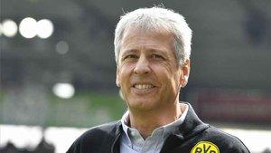 Lucien Favre renueva con el Dortmund hasta 2021