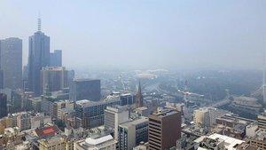 Melbourne amanece de nuevo con el cielo cubierto por humos tóxicos