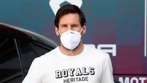 Messi, con mascarilla