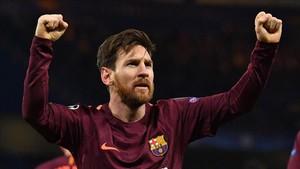 Messi fue uno de los héroes del equipo en Stamford Bridge