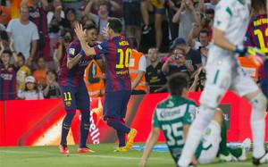 Neymar y Messi celebrando uno de los goles del Barça