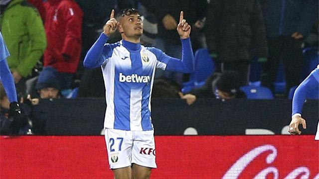 Óscar Rodríguez adelantó al Leganés con un lanzamiento de falta perfecto