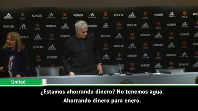 La triunfal entrada de Mourinho en la sala de prensa