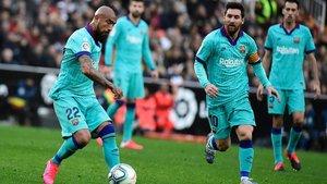 El Barça tuvo otro aire con la entrada de Arturo