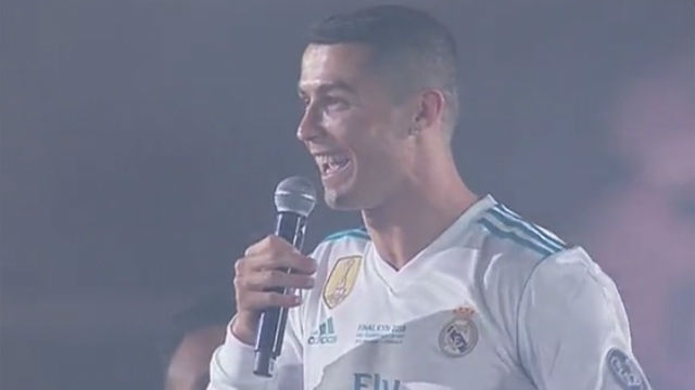 Cristiano no se moja en un Bernabéu que le pide que se quede