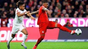 Boateng dejó Múnich sin el permiso del club al detenerse la Bundesliga