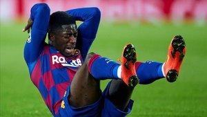 Dembélé, tocado, se retiró llorando