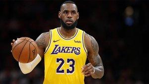 El doble - doble de James no evita la derrota de los Lakers