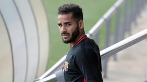 Douglas Pereira no cuaja tampoco en el Benfica