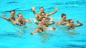 El equipo español de natación artística durante la preliminar del Mundial de Natación 2019