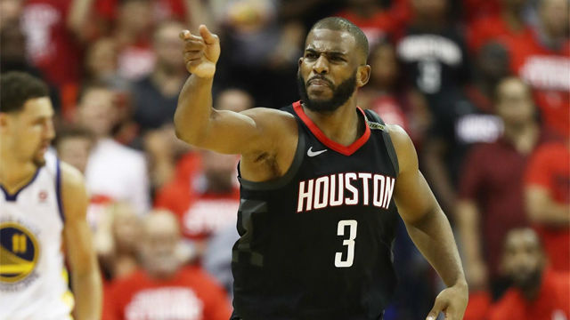 El espectacular triple de Chris Paul en la victoria de los Rockets