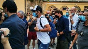 ¡Luis Suárez ya está en Italia! (ES)