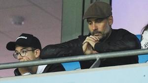 Pep Guardiola vio la derrota frente al Lyon desde la grada
