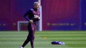 Quique Setién, durante un entrenamiento en la Ciutat Esportiva