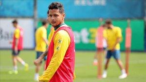 Rosales es el que más opciones tiene de continuar de los jugadores que se desvinculan este verano del Espanyol.