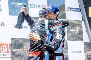Sordo celebra su éxito en Italia