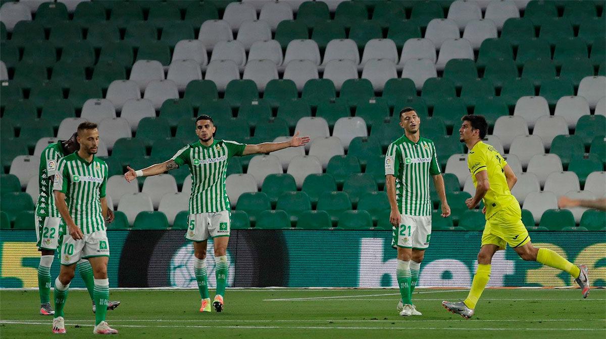 El Villarreal mira de reojo a la Champions y complica la vida al Betis