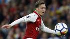 El Arsenal tiene un serio problema con el contrato de Mesut Ozil