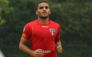 Barça y Sao Paulo negocian por Douglas
