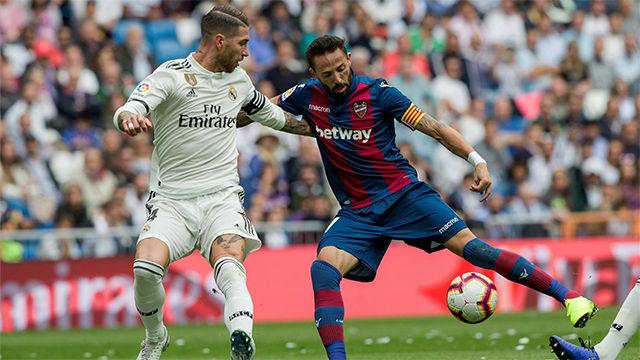 La jugada que resume el partido defensivo del Madrid: Morales humilla a Sergio Ramos con este preciso recorte