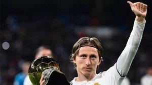 Luka Modric con el Balón de Oro 2018